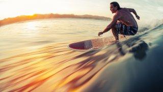 Surfeur au Costa Rica