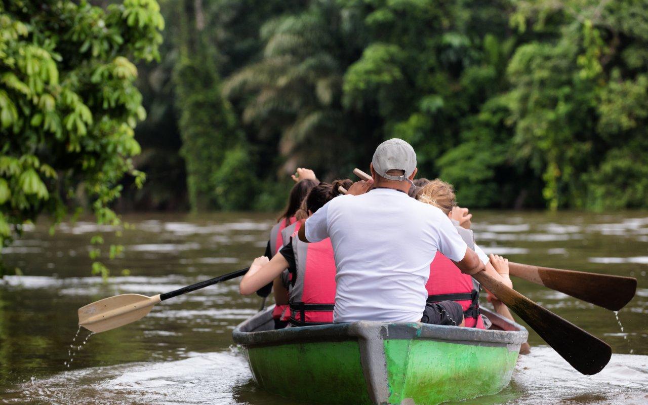Balade en famille rafting au Costa Rica